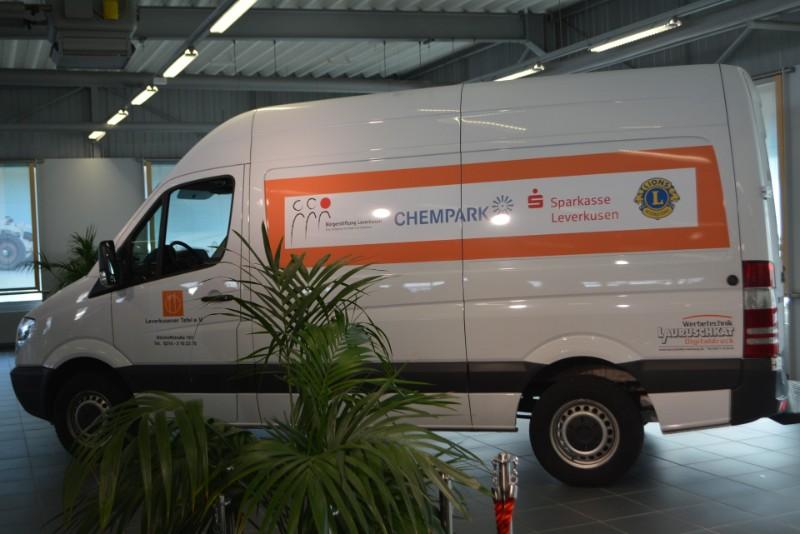 Neues Kühlfahrzeug der Leverkusener Tafel