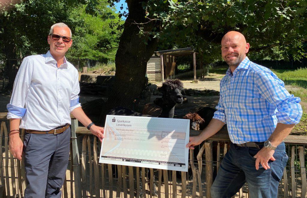 Spendenscheck Wildpark Alpakas